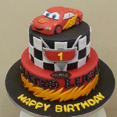 Mcqueen  www.facebook.com/sugaholic.cakes