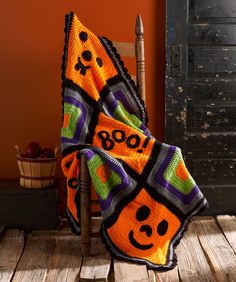 Pumpkin Face Throw Free Crochet Pattern from Red Heart Yarns #Halloween