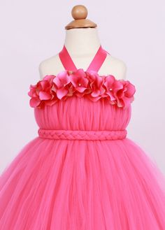 Este listado está para un vestido Tickled Pink. *** Este vestido es personalizado hecho a la medida.    *** Diadema se vende por separado.