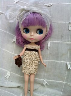 cute dress and handbag. €12,00, via Etsy.