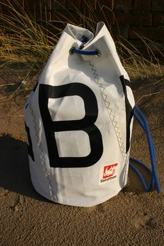 Traditional recycled Sailcloth Duffel Bag GBR £36.00