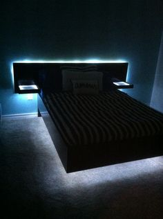 Used LED rope lights to complete our daughters homemade floating platform bed. Gamer Bedroom, Bedroom Setup, Room Design Bedroom, Modern Bedroom Design, Room Ideas Bedroom, Home Room Design, Bedroom Lighting, Floating Platform Bed, Floating Bed