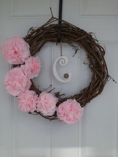 DIY Spring wreath made with coffee filter flowers, super easy!