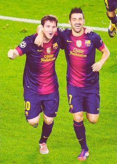 Lionel Messi and David Villa Club Football, Football Icon, Best Football Team, National Football Teams, Lionel Messi, Cr7 Vs Messi, Fc Barcelona, Barcelona Soccer, Soccer Post