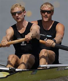 Hamish Bond and Eric Murray rowed their way into the record books in South Korea, setting a new mark for dominance in world rowing. Rowing Crew, Boat House, Recorded Books, Romance Novels, Kiwi, New Zealand, The Row, Bond, Flag
