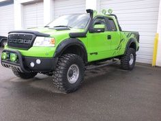 Custom Ford Raptor... Sweet Jesus I want this exact one ...