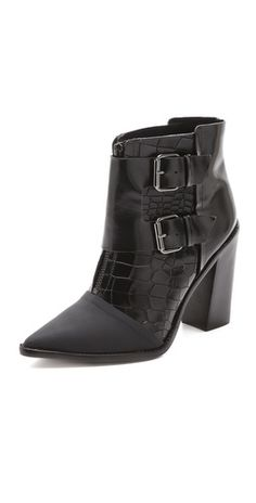 Seriously.. @TibiPR Piper Chunky Heels are so delicious.. can you say WISHLIST!  Perfect for #NYFW