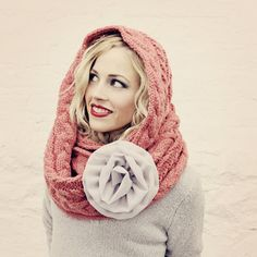 Love the big flower. I'd love this with an ivory infinity scarf