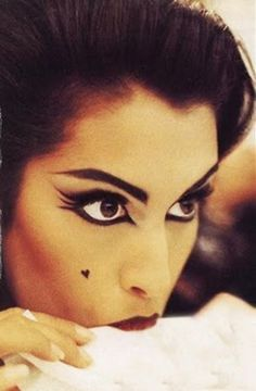 Beauty model Yasmeen Ghauri