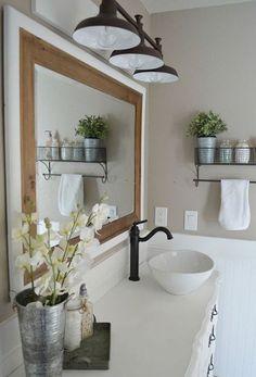 Nice 70 Gorgeous Farmhouse Master Bathroom Remodel Ideas https://decorecor.com/70-gorgeous-rustic-master-bathroom-remodel-ideas