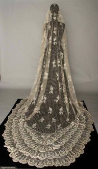 Brussels mixed lace veil 1870s....gorgeous!