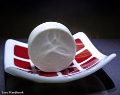 This is a great handmade cherry and almond scented scented natural oatmeal round soap with a slice of natural loofah sponge embedded in it which is wonderful for exfoliating your Recipes With Vegetable Oil, Loofah Sponge, Natural Loofah, Safflower Oil, Handmade Soaps, Food Grade, Fused Glass, Biodegradable Products