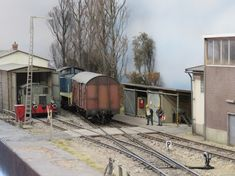 Photography Movies, Model Train Layouts, Model Trains, Diorama, Euro, Buildings, Scale Model, Dioramas