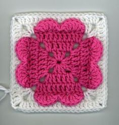 ~ Dly's Hooks and Yarns ~: ~ 4-hearts square (ice cream & cupcakes too) ~