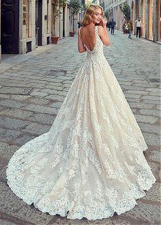 Chic Tulle V-neck Neckline Natural Waistline A-line Wedding Dress With Lace Appliques