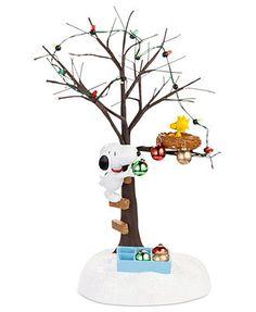 Department 56 Collectible Figurine, Peanuts Village Sharing Christmas Spirit