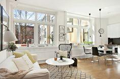 Journal of Interior Design - Interior Design: Studio of 36 m² in Sweden All White Room, White Rooms, Interior Design Tips, Interior Design Inspiration, Small Apartments, Small Spaces, Home Salon, Decoration Design, Scandinavian Design