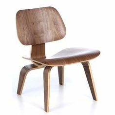 Eames Molded Plywood Lounge Chair in Walnut
