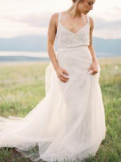 #theiadress @weddingchicks