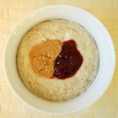 I love oatmeal! Here are 11 different ways to make it!since i eat it everyday why not!!