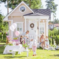 This is the play cottage I want for my daughter! By Krista Keltanen. Girls Playhouse, Playhouse Plans, Playhouse Outdoor, Wooden Playhouse, Cubby Houses, Play Houses, Playhouse Interior, Wendy House, Cubbies