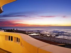 Sea Point Apartment with huge Balcony for Stunning Ocean Views. | Sea Vista is a stylish, modern décor apartment in Sea Point with stunning ocean views from the entire living area and balcony which runs the full length of the apartment.