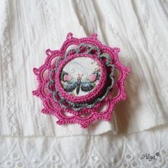 Brož Květina s motýlem Crochet Earrings, Jewelry, Tricot, Jewlery, Jewerly, Schmuck, Jewels, Jewelery, Fine Jewelry