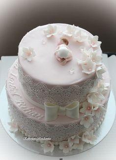 Alyssa Isabel Rihanin juhlaan Alyssa to Isabel Rihan's party Torta Baby Shower, Baby Shower Cookies, Shower Cakes, Baby Cake Topper, Cake Toppers, Christening Cake Girls, Elegant Birthday Cakes, Baby Mold, Edible Lace