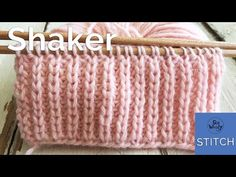 Shaker stitch (Half Fisherman's Rib): A two-row repeat knitting pattern, easy and reversible, Rib Stitch Knitting, Knitting Stitches, Easy Baby Knitting Patterns, Crochet Patterns, Knitting Videos, Knitting Projects, Knit Stitches For Beginners, Fishermans Rib, Blanket Stitch