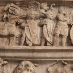 Arch of Constantine, Victory crowns Constantine