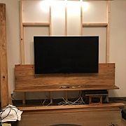 この写真の前に撮影されたインテリア実例写真 Muebles Living, Tv Wall Design, Small Apartments, Wallpaper Backgrounds, Diy And Crafts, Projects To Try, Restaurant, Interior, Room