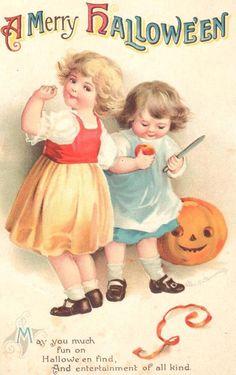 .Vintage Ellen Clapsaddle Halloween Postcard, early 1900's