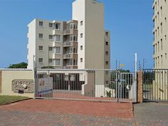 Amanzimtoti, South Coast Accommodation - WeekendGetaways offers you an extensive selection within South Africa. Great Warriors, Sands, Willis Tower, Open Plan, Weekend Getaways, Bed And Breakfast, South Africa, Swimming Pools, Nostalgia