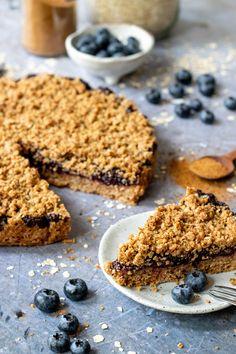 Easy Pie Recipes, Healthy Cake Recipes, Vegan Recipes, Cooking Recipes, Vegan Treats, Healthy Treats, Vegan Desserts, Vegan Pie, Vegetarian Cake
