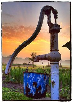 The sun rises over the farm & onto an old granite bucket that hangs from an original farmhouse water pump / Photography © Cathaleen Curtiss Country Charm, Country Life, Country Living, Country Style, Country Roads, Country Bumpkin, Rustic Charm, Esprit Country, Old Water Pumps