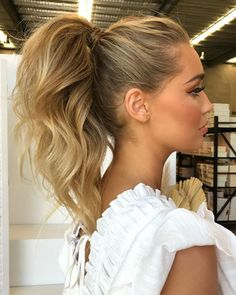 High Pony Hairstyle, High Ponytail Hairstyles, Up Hairstyles, Wedding Hairstyles, Cool Ponytails, Ponytail Updo, High Ponytail With Braid, Hairstyle Ideas, Messy High Ponytails