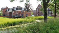 Het Slot 's Heeraartsberg heeft van 1610 tot 1909 op deze locatie gestaan waarna het in verval raakte en uiteindelijk lang geleden is gesloopt. Het nieuwe bouwplan voor dit gebied is geïnspireerd op dit slot.