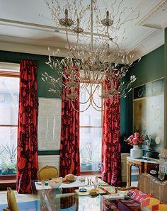 Great color combo, wonderful chandelier