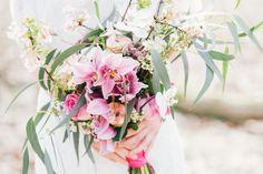 Credit: Sanne Popijus Fotografie - bloem (plant), natuur, bloemstuk, plant, bloemen, blad, geen persoon, ornament, bloeiend, levendig, zomer, tuin, romance (relatie), elegant, mooi, kleur, huwelijk (ritueel), liefde, pasen, kroonblad
