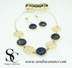 Juegos de Joyería y Bisutería Fina Sandra Canan Costa Rica #necklace #swarovski #crystal #jewelry #fashion www.sandracanancr.com