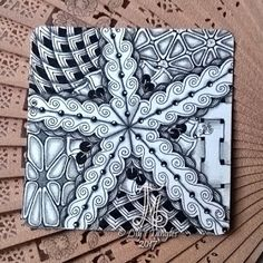 Lily's Tangles: Monthly tiles