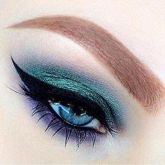 Eyeshadow Tips, Mineral Eyeshadow, Green Eyeshadow, Eyeshadow Looks, Summer Eyeshadow, Maybelline Eyeshadow, Eyeshadows, Eyeshadow Palette, Makeup Inspo