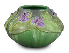 """Oh, my...isn't this gorgeous ?!?  """"Wood Violet"""" by Ephraim Faience Pottery Rookwood Pottery, Roseville Pottery, Antique Pottery, Pottery Vase, Ceramic Pottery, Pottery Wheel, Glass Ceramic, Earthenware, Stoneware"""