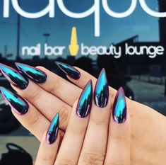 First there was3-D nail art, now we have a mixture of a bunch of new designs that look insane like reverse ombre, metallic, and even chrome.