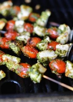 #HealthyRecipe - Pesto Chicken Skewers