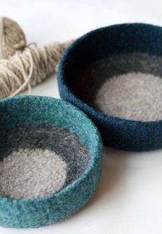 felted storage bowls , knitted boil washed and shaped contemporary decor Nuno Felting, Needle Felting, Fibre And Fabric, Textile Fiber Art, Wool Art, Penny Rugs, Felt Fabric, Felt Crafts, Hand Crochet