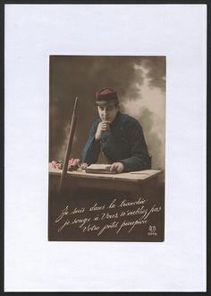Je suis dans la tranchée, je songe à vous, n'oubliez pas votre petit pioupiou ! Carte postale. Paris. Coll. BDIC
