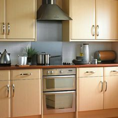 1000 images about oak effect on pinterest oak kitchens models and independent kitchen - Modern look kitchen cabinets pictures for maximum effect ...