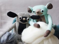 Monkeybears - members of MUTA family. Family of mutants, unidentified creatures, marvelous playfellows. Family Family, Bear Toy, Felt Toys, Natural Materials, Wool Felt, Monkey, Etsy Seller, Creatures, Disney Characters