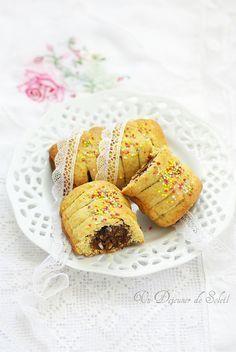 Cuccidati ou buccellato : biscuits siciliens fourrés aux figues typiques de Noël